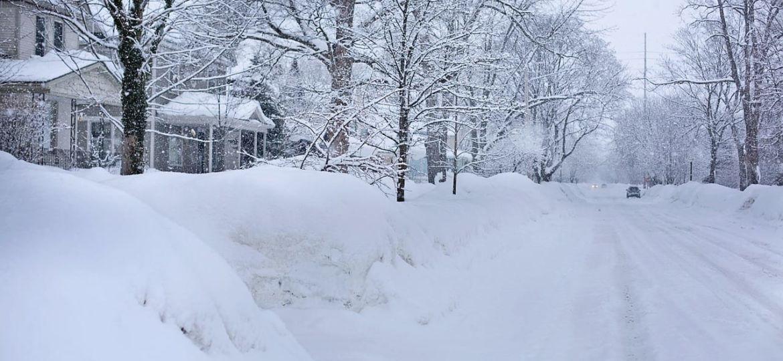 snowy-street-554957_1280